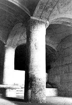 Double gate column